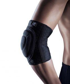 Albuebeskytteren 522CA fra bandageshoppen.dk er perfekt til sport og beskytter albuen mod slag og fald