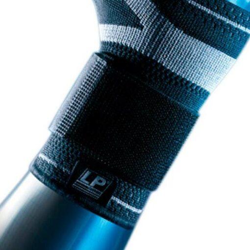 Håndledsbandagen 130XT fra bandageshoppen.dk støtter godt